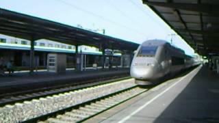 preview picture of video 'TGV im HBF Pforzheim 20.08.12-fährt an S-Bahn vorbei-Deutschland-Germany-Allemagne'