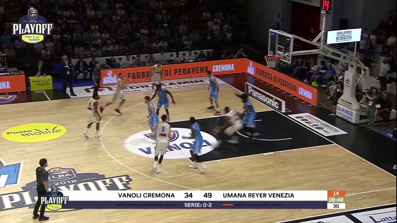G3 LBA Playoff PosteMobile/ Vanoli Cremona - Umana Reyer Venezia 72-99