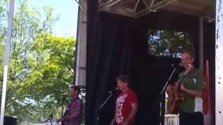 We Are the Beaver - The Arrogant Worms, live at the Steveston Salmon Festival