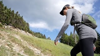 HIKING UP MONT TREMBLANT! (4K ULTRA HD!)