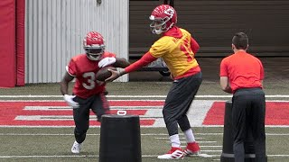 Chiefs' quarterback Patrick Mahomes practices with teammates Wednesday