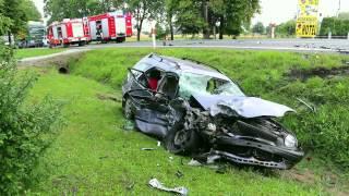 Zderzenie dwóch samochodów w Jaszczwi