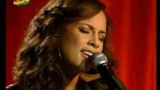 "Alicia Keys ""Live"" in Madrid - Superwoman"