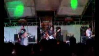Faspitch the  Day before  Pisces (live at paseo)