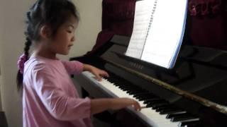 6-year old Mary playing piano  AMEB Grade 4 Czerny Sonatina Op.163 No.2 Rondo
