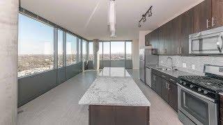 A Dramatic 2-bedroom, 2-bath At The New Vantage Oak Park Apartments