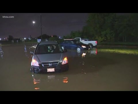 Tracking Imelda: Cars stranded along roads near Hobby Airport due to high water