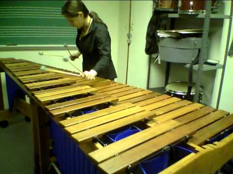 Yulia Block performs Cameleon by Eric Sammut