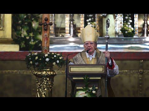 """Abp Jędraszewski w czasie Wigilii Paschalnej: """"Credo"""" to najbardziej istotna treść tej liturgii"""