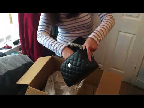 Unboxing Guess bag