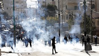 Palestinian protesters clash with Israeli troops in West Bank over Jerusalem decision