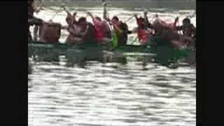 preview picture of video 'Cerney Men Dragon Boat Racing 2007'