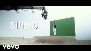 Sigrid - Don't Kill My Vibe (Behind The Scenes)
