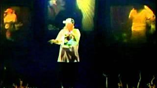 2005 - Eminem & Proof - Ass Like That & Mockingbird [Live @ MTV Movie Awards]