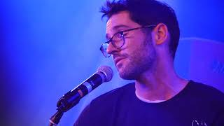 Tom Ellis Sings Human (Rag 'n' Bone Man) (HD)