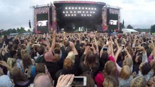Sia Live At V Festival   Alive