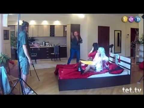 Видео съемок порно в россии, мужики суют в жопу предметы