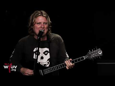 "Ty Segall - ""I Sing Them"" (Live at WFUV)"