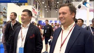 Андрей Никитин встретился с Новгородской делегацией на фестивале молодежи и студентов в Сочи