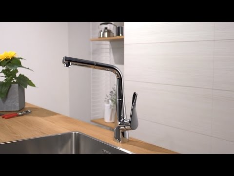 Hansgrohe Metris kitchen mixer pull-out spout