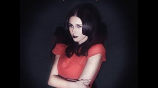 Chelsea Wolfe   We Hit A Wall