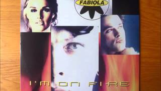 2 Fabiola - I'm On Fire