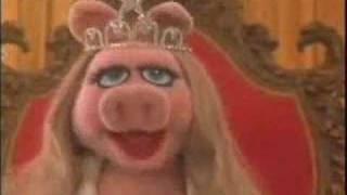 "Video thumbnail of ""El brujito de Gulubu - Maria Elena Walsh con los Muppets"""