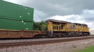 UP engine 2548 a Tier 4 C45AH leads a westbound Z train in Dixon IL