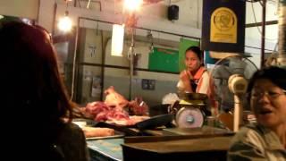 preview picture of video 'buriram, market klong trom - บุรีรัมย์'