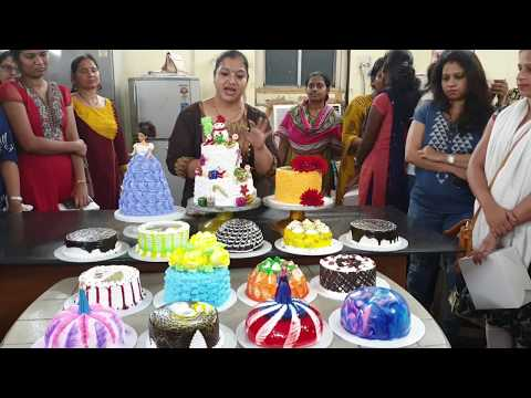 Basic to adv.cake class Thane fees 1800 onlin class available contact 7506832879 online fees 1500