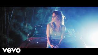 Kany García   Aunque Sea Un Momento (Official Video)
