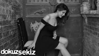 Melis Kar - Acıyor (Vencer Al Amor) (Official Video)