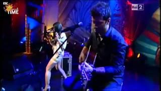 """Anggun @ London Live 2.0 canta """"Echo (You And I)"""""""