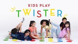 Kids Play Twister   Kids Play   HiHo Kids