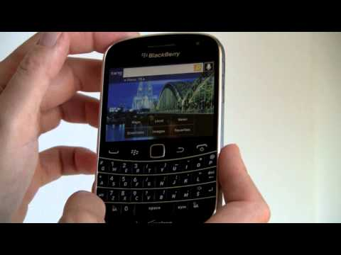 BlackBerry Bold 9930 Review