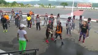 Goyang kk Enda , Instruktur2  Maluku bersama Kapolda Maluku beserta jajaran Polda Maluku