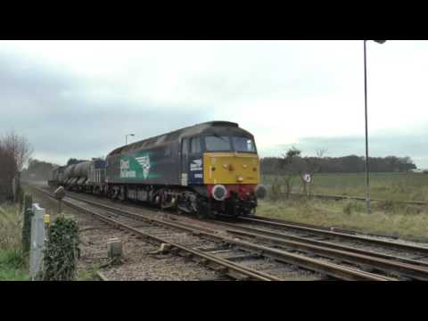 DRS 57003 & 57310 pass Eccles Road with RHTT 9th December 20…