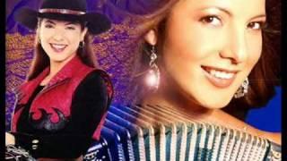 preview picture of video 'Priscila y Sus Balas de Plata Luna blanca'