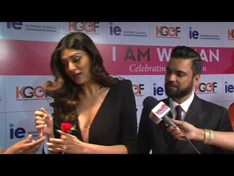 I Am Woman - Sushmita Sen and women achievers to get award tajland mumbai