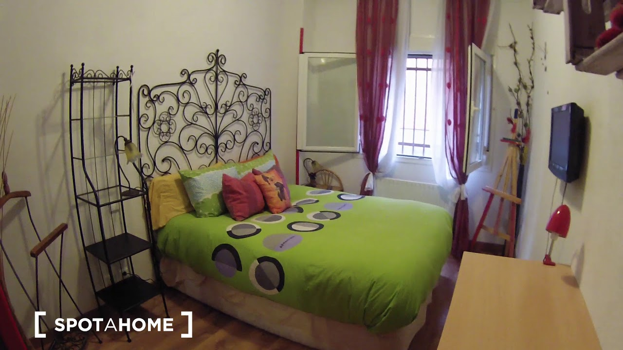 Room for rent in cozy 2-bedroom apartment in Usera