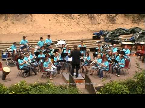 Jeugdorkestendag fanfare openluchttheater overloon 13-06-2011