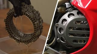 Gambar cover Wet Clutch vs. Dry Clutch - What's the Difference? | MC GARAGE