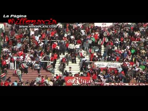 """""""""""Ahi viene la hinchada"""", River en Parque Patricios, Clausura 2009"""" Barra: Los Borrachos del Tablón • Club: River Plate • País: Argentina"""