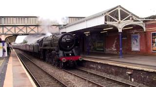 BR 7MT Britannia 70013 'Oliver Cromwell' at Altrincham Railway Station with 'The Cheshireman'