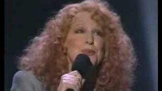 Bette Midler - The Wind Beneath My Wings (Subtítulos En Español)
