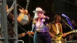 Elle King Baby I'm An Outlaw Live Denver Day Of Rock She Promises To Be On Her Worst Behavior May18