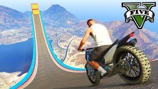 GTA V Online: A MEGA RAMPA MALUCA com MOTOS!!! ÉPICO