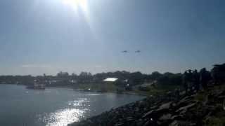 preview picture of video 'exhibicion de aviones de guerra en termas de rio hondo'