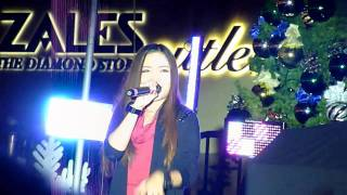 "CHARICE - ""JINGLE BELL ROCK"" [11/20/2010] pt. 5/5"