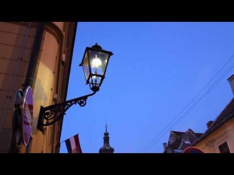 Кто поджигает фонари в Загребе? Вечерний
